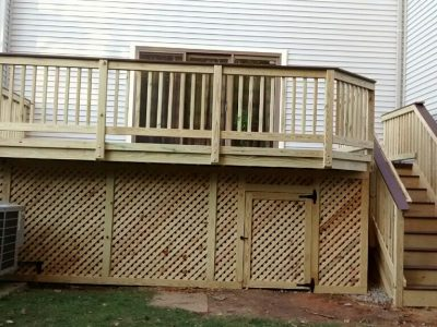 Hybrid Deck with Lower Lattice